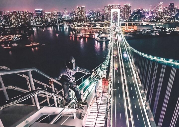 日本摄影师分享特殊视角照片 主体仿佛悬空高层
