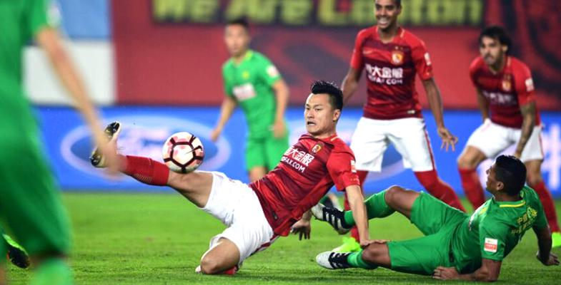 中超:广州恒大坐镇主场2-1险胜北京国安(组图)