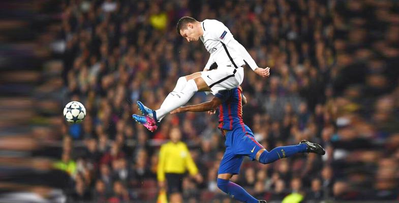 欧冠:巴塞罗那主场6比1取胜巴黎圣日耳曼(组图)