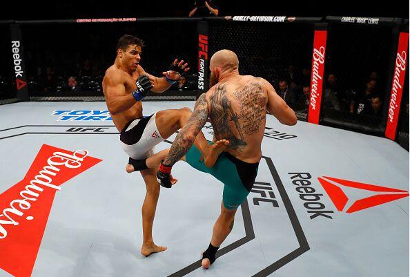 3月12日UFC Fight Night 106精彩集锦瞬间(组图)