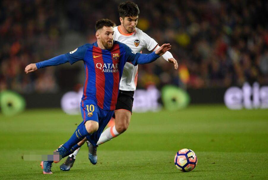 西甲第28轮:巴塞罗那主场4比2力克瓦伦西亚(图)