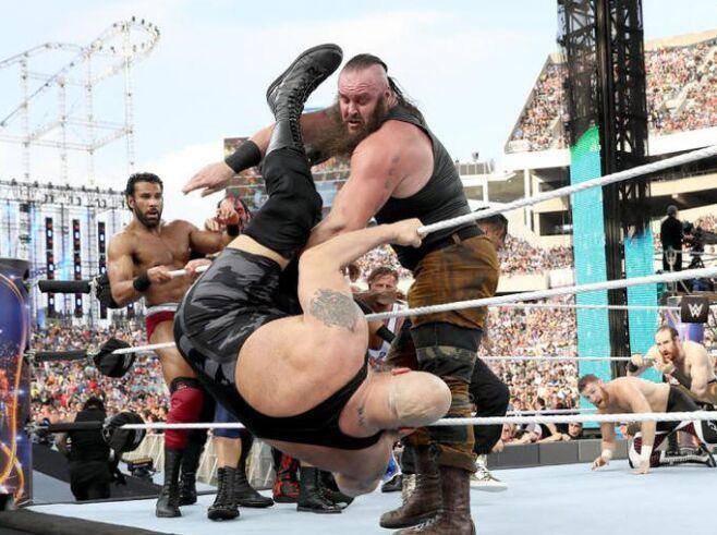 签约WWE中国天兵参加第33届摔跤赛 却遭淘汰