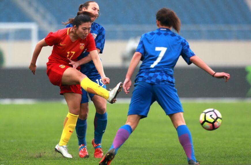 女足热身赛:中国女足2-0战胜克罗地亚女足(组图)
