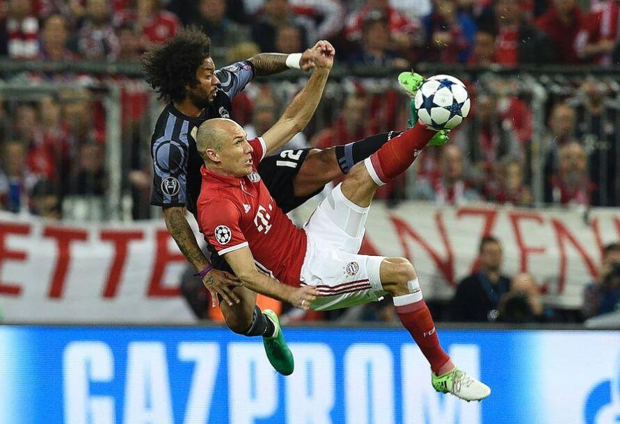 欧冠决赛首回合:拜仁慕尼黑1-2皇家马德里 图