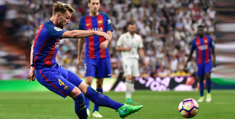 西甲第33轮:皇家马德里主场2比3不敌巴塞罗那