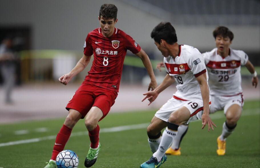 亚冠联赛:上海上港队主场4比2战胜首尔FC队(组图)