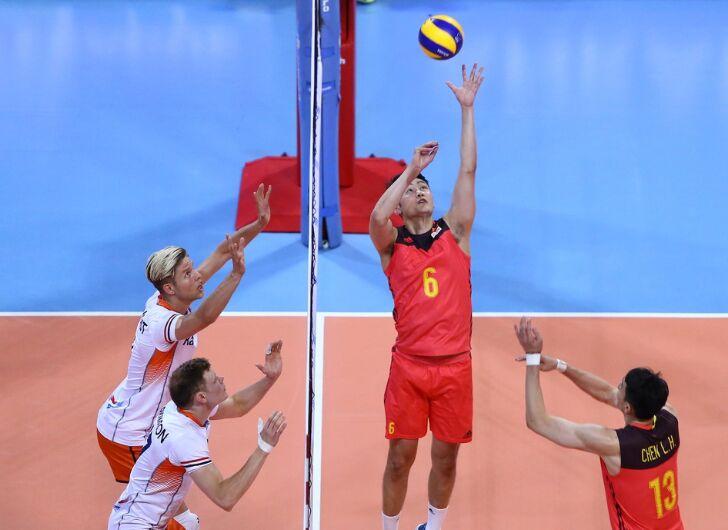 世界男排联赛:中国男排以3-1击败荷兰队