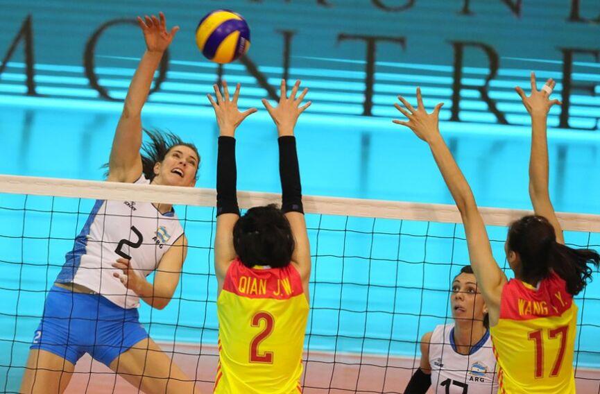 瑞士女排精英赛季军战:中国女排3-1大胜阿根廷队