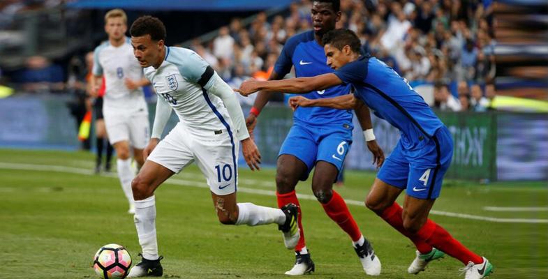 国际热身赛:法国队主场3比2力克英格兰队(组图)