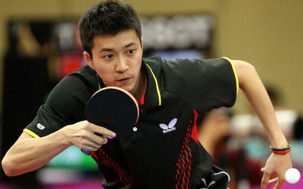 国际乒联世界巡回赛日本公开赛 张本智和江宏杰亮相