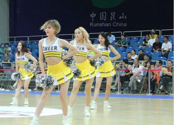 国际男篮锦标赛 啦啦宝贝激情热舞活力四射(图)