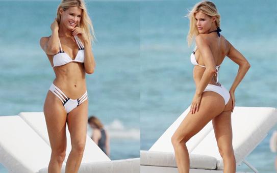 超模海滩拍摄写真 穿比基尼秀性感身材(图)