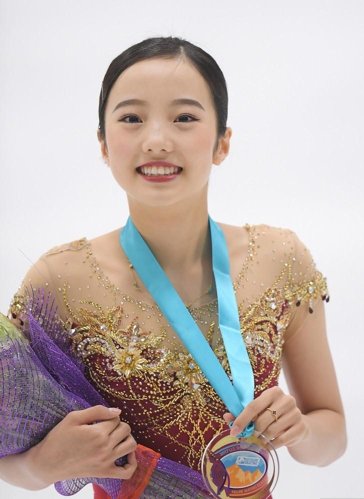 日本花滑新女神成年组首秀夺冠