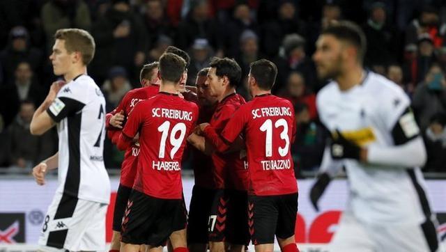 德甲-弗赖堡主场1-0胜门兴,彼得森为主队建功