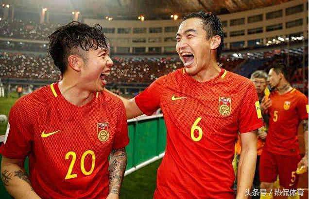 国足7比0不敌伊朗,输球后满脸笑容,网友:真是丢尽国足的脸!