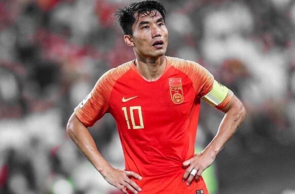 细数中国足球历史十大巨星,第一名当之无愧! -
