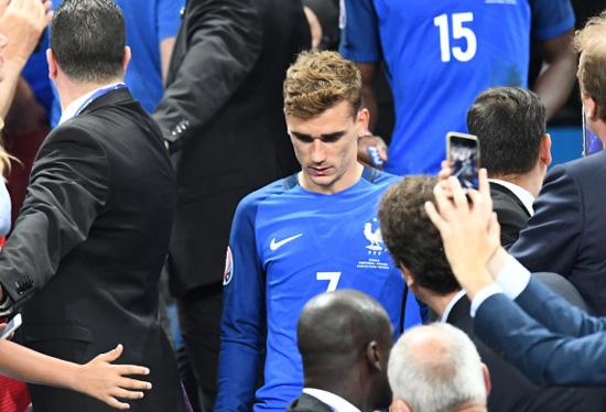 欧洲杯金靴格里兹曼表示欧冠决赛和欧洲杯决赛都屈居