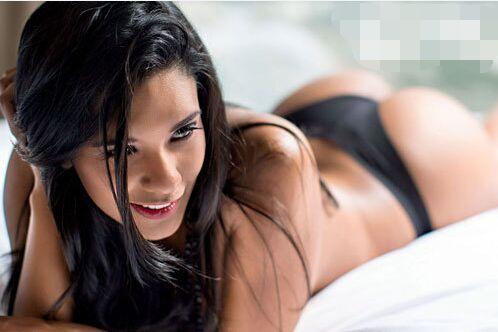 29岁罗西奥秘鲁排球女神超性感写真(组图)