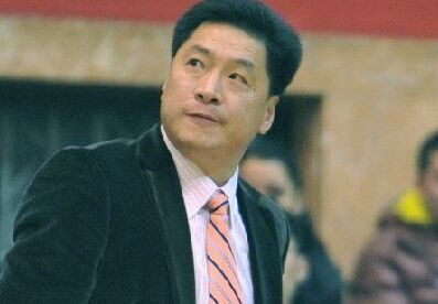 广厦主帅赛后批球队:投入不够 和打北京时是两个队